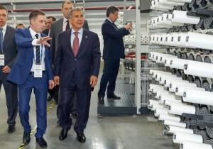 Рустам Минниханов открыл в Казани завод современной упаковки