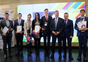 Резидент Ульяновcкого наноцентра ULNANOTECH Леонид Глущенко стал одним из победителей Российской молодежной премии в области нанотехнологий