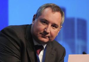 Дмитрий Рогозин вручил благодарность томичу за высокий научно-технический уровень разработанной аппаратуры для изучения космических объектов