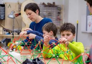 В Томске стартовал третий сезон летних площадок «Я у мамы инженер!»