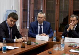 В Новосибирске Аркадий Дворкович и Михаил Котюков посетили научные институты, подведомственные ФАНО России