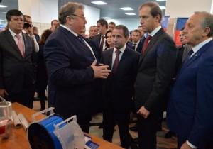Владимир Волков представил Михаилу Бабичу и Денису Мантурову республиканские проекты в сфере импортозамещения