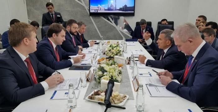 РИФ'2018. Орешкин встретился с губернаторами регионов АИРР