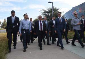 Рустам Минниханов посетил кампус компании Google